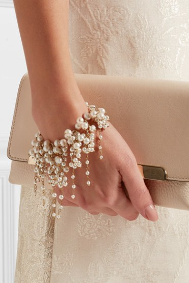 Bracelet doré en perles Bravi, Rosantica sur Net-à-porter, 415 euros