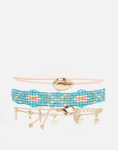 Lot de bracelets, perles, coquillage et étoiles, Orelia, 30,99 euros
