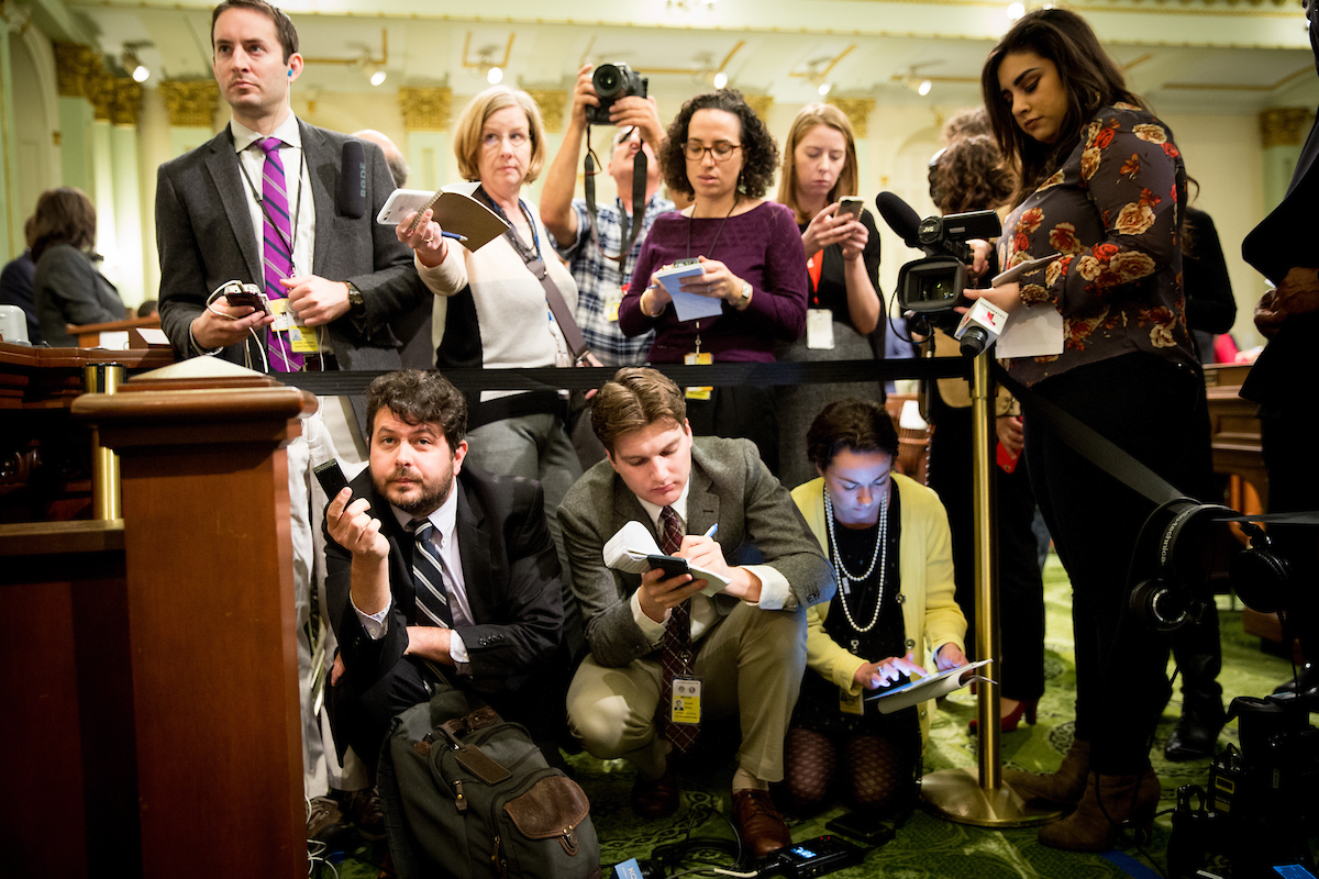 Reporters covering lawmakers in the California Capitol on January 25, 2018. Photo by Max Whittaker for CALmatters.