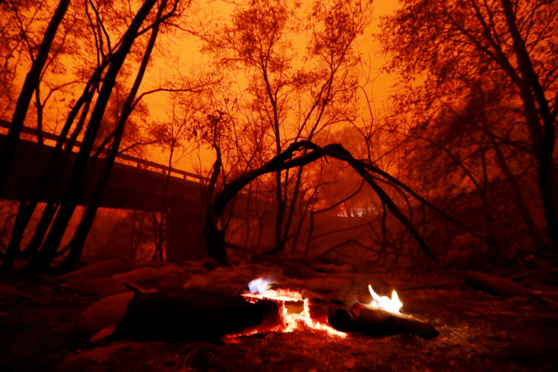The Camp Fire smoke covers the Butte Creek on Honey Run Road in Paradise, Calif., on Friday, Nov. 9, 2018. Photo by Ray Chavez/Bay Area News Group