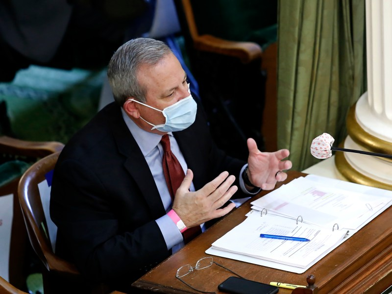 An Assembly oversight committee hears testimony about California's aborted Blue Flame mask deal and weighs ideas on how to better vet coronavirus medical supply contractors. Photo by Rich Pedroncelli, AP Photo
