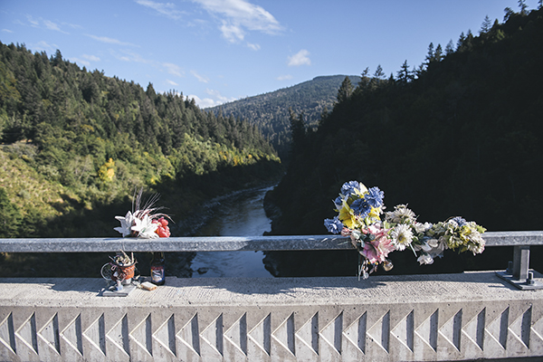 A memorial on the Martin's Ferry Bridge overlooking the Klamath River in Weitchpec on Sep. 17 2020. Photo by Alexandra Hootnick for CalMatters.