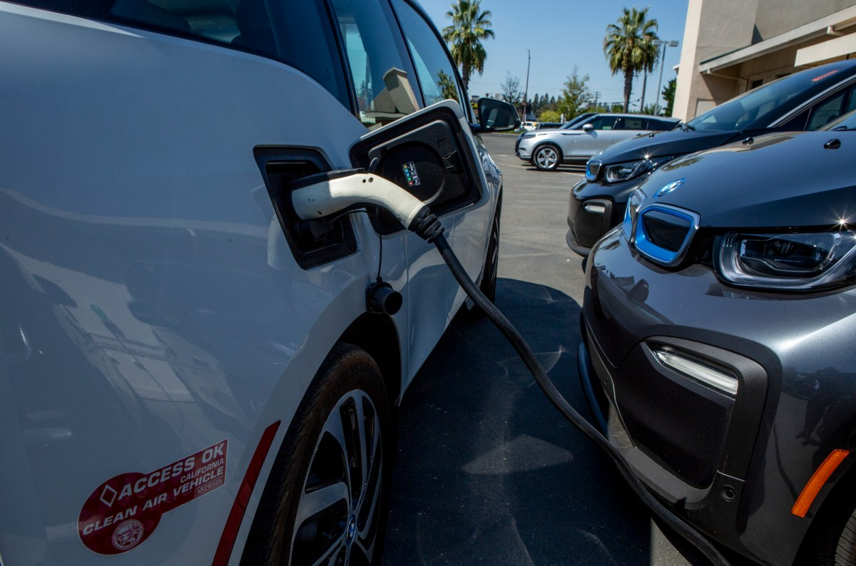Electric cars at Niello BMW dealership in Sacramento on September 12, 2019. Photo by Anne Wernikoff, CalMatters