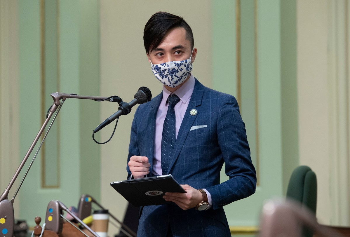 Assemblymember Alex Lee speaks on the Assembly floor. Photo by Krishnia Parker courtesy of the office of Alex Lee