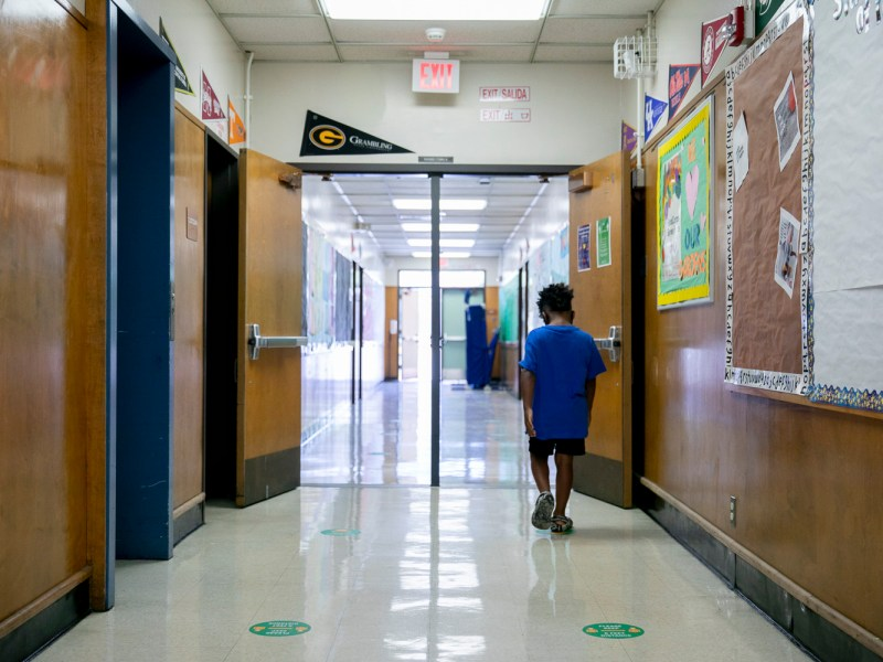 Laurel Elementary serves as a hub for five Oakland schools during summer classes with 120 in-person students ranging from incoming first-graders to incoming fifth-graders on June 11, 2021. Photo by Anne Wernikoff, CalMatters