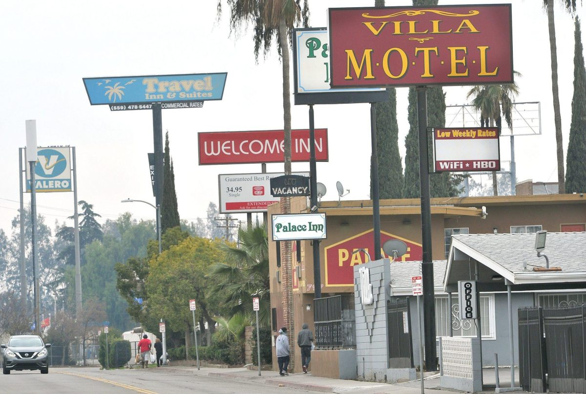 Motel row along Parkway Drive in Fresno between Belmont and Olive avenues, Jan. 14, 2020. Photo by John Walker, Fresno Bee