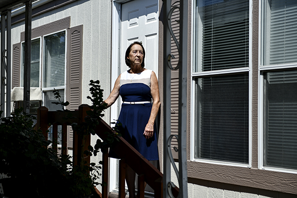 """Donna Sheldon, a registered republican, will be voting to recall Gov. Gavin Newsom on Sept.14. """"I feel as though he is destroying the state,"""" Sheldon said. Photo by Pablo Unzueta for CalMatters"""