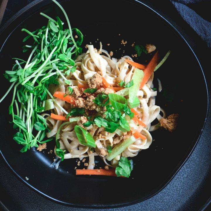 Rutabaga Noodles with Tahini Sauce and Cashew Crumble