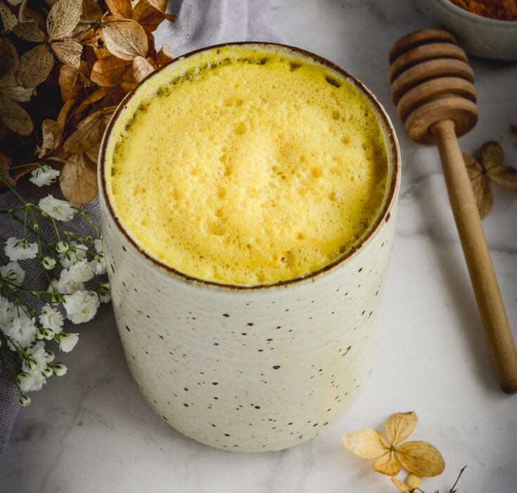 Anti-Inflammatory CBD Infused Turmeric & Ginger Honey Latte