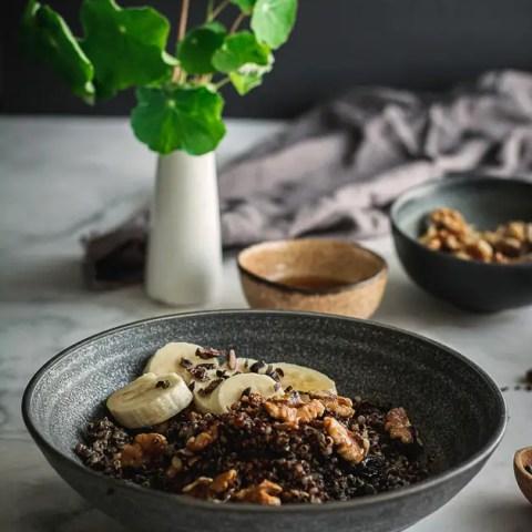 Simple Breakfast Quinoa Recipe (Vegan, Gluten-Free)