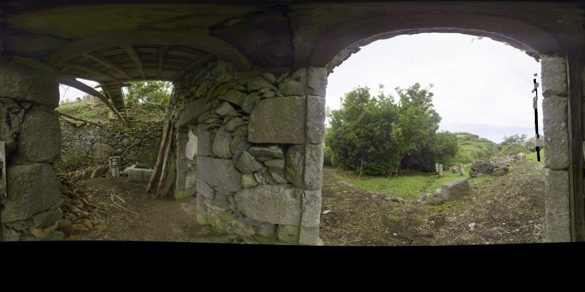 Vista panorâmica a partir da porta de entrada da Casa 1