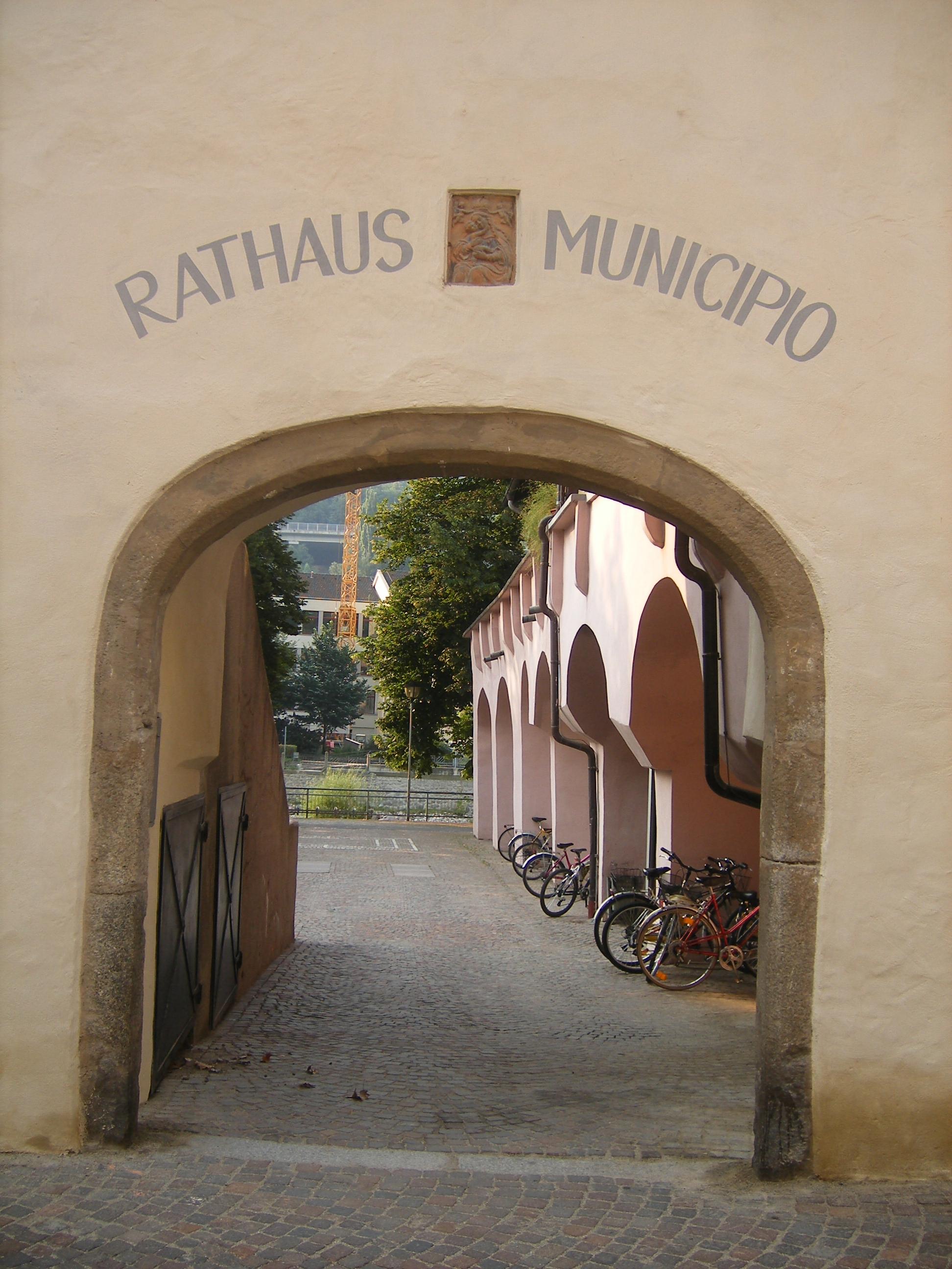 municipio-di-bolzano-bozener-rathaus