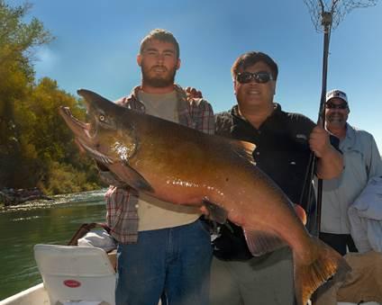 Mark Chow (center) took home $1,000 for winning the Golden Gate Salmon Association Derby.