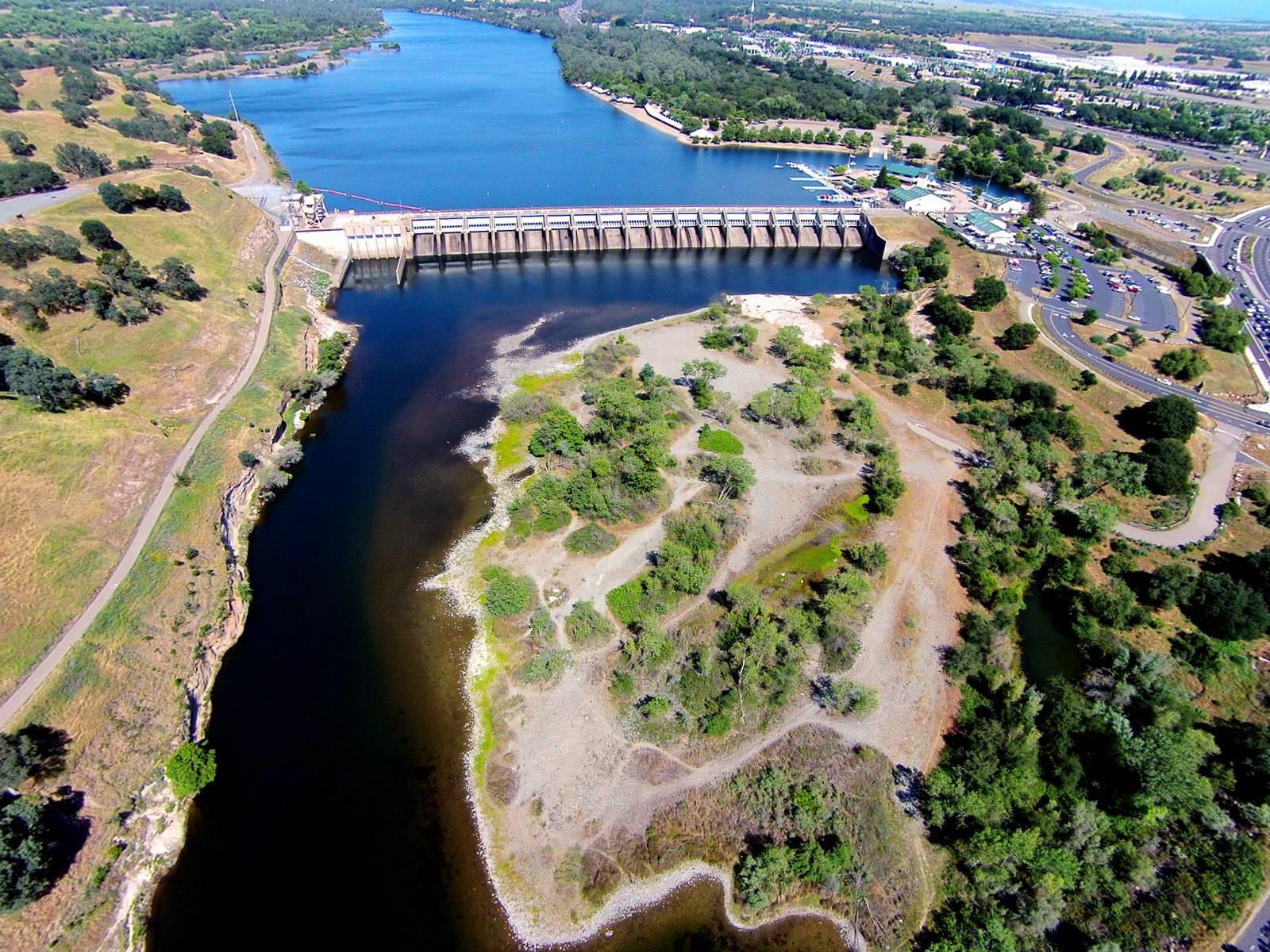 Lower american river 39 s nimbus basin closed to fishing for Nimbus dam fishing