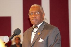 Pastor Davis 0876