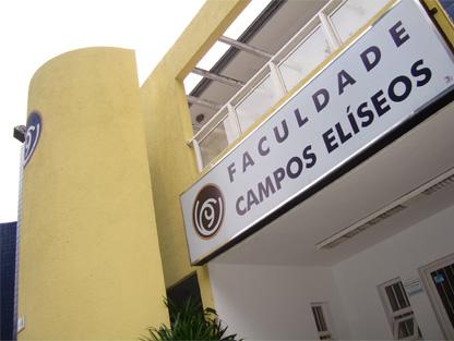 Graduação em Administração de Empresas e Ciências Contábeis; Pós-Graduação etc.