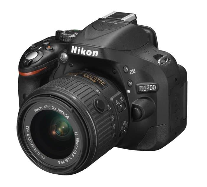 Nikon D5200 - Cámara réflex digital de 24.1 Mp