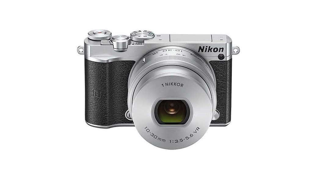 Olympus E-PL7 vs Nikon 1 J5 vs Fujifilm X-A2 vs Olympus E-PL7 (cámaras EVIL)