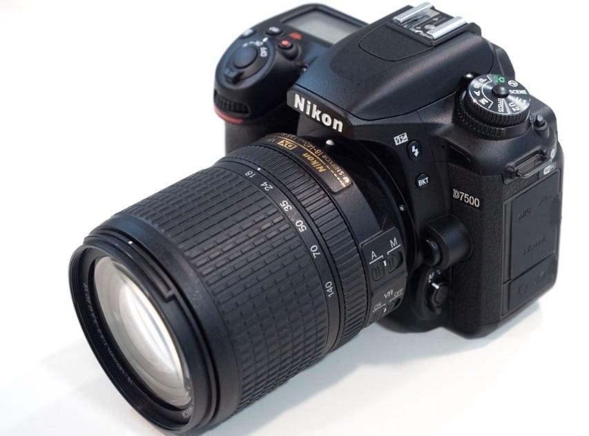 8 cosas que necesitas saber de la nueva cámara Nikon D7500