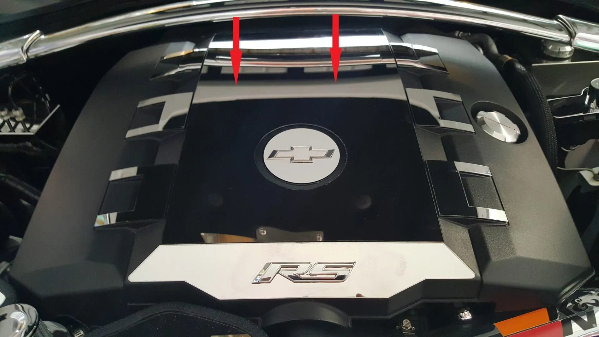 hight resolution of 2010 2015 5th gen camaro v6 engine cover trim plate