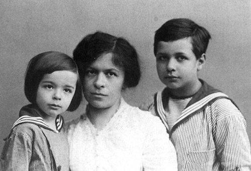 Mileva Maric y sus hijos, Albert y Eduardo