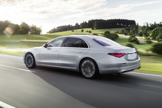 MERCEDES-BENZ CLASE S LATERAL TRASERA