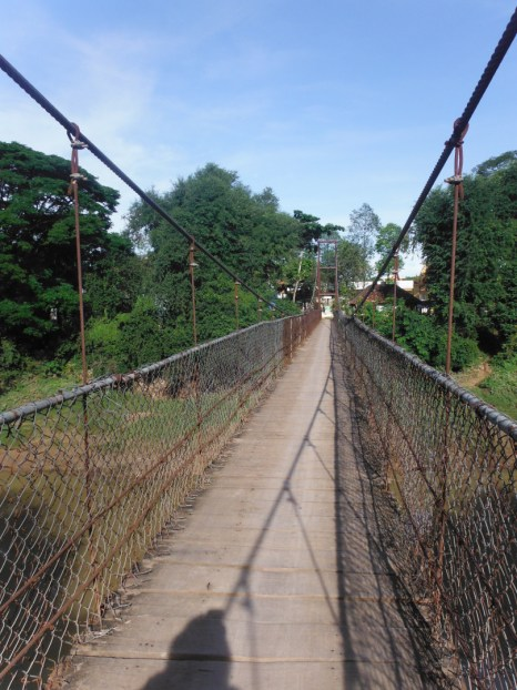 wobbly-bridge