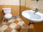 Russian-Market-3-bedroom-villa-for-rent-in-Phsar-Doeumkor-bathroom-1-PP0002