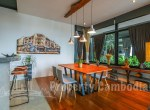 Tonle-Bassac-Luxurious-1-Bedroom-Apartment-In-Tonle-Bassac-Living-Room-1-KH5002-ipcambodia-PHNOM-PENH