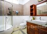 Toul-Kork-6-bedroom-villa-for-rent-in-Boengkâk-I-bathroom-5-ipcambodia