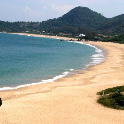 Bandeira Azul: Balneário Camboriú renova as praias do Estaleiro e Estaleirinho e da Marina Tedesco