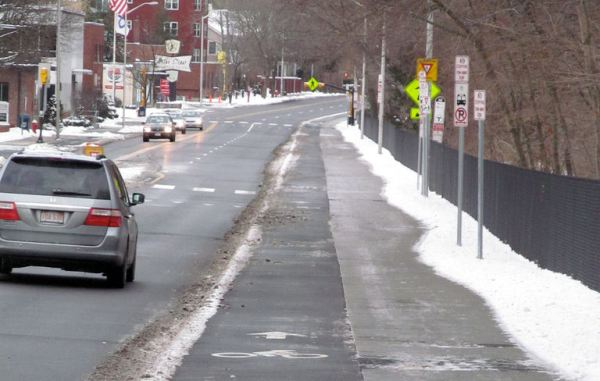 drchase's photo of the eastbound bikeway in winter