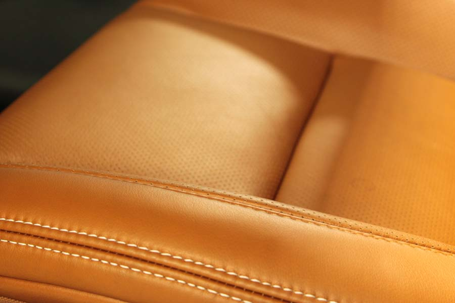 Aniline Leather Cambridge