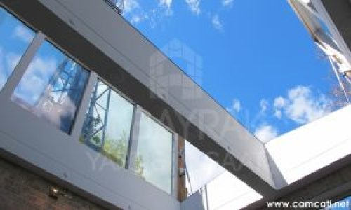 acilir cam cati 2 1 300x180 - Açılır Cam Çatı