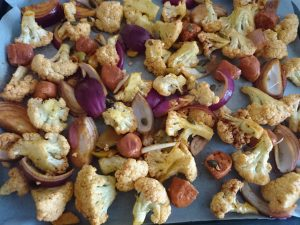 cauliflower-chorizo-greenolives-prepped-camelcsa-160616