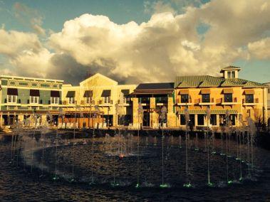 the-island-fountain2web