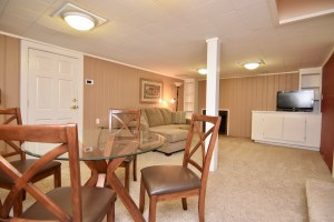 866 Magnolia St Ardmore WS For Sale family room