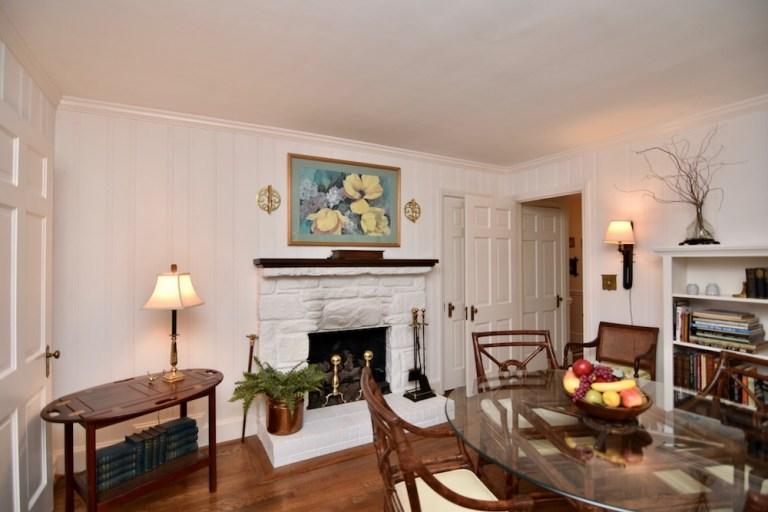 933 Kearns Ave, Buena Vista, WS family room