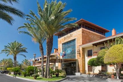 Main Entrance Elba Palace Golf & Vital Hotel