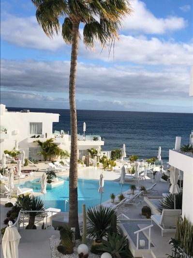 Lanis Suites 17 Pool View