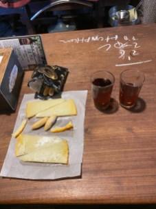 Cream sherry & queso viejo - Tabanco El Pasaje