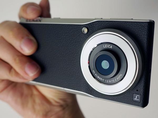 パナソニックのコミュニケーションカメラ(LUMIX CM1、CM10)の後継機は暫く登場しない模様。
