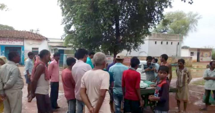नईगढ़ी में पेड़ के नीचे खड़े बालक पर गिरी बिजली हुई मौत