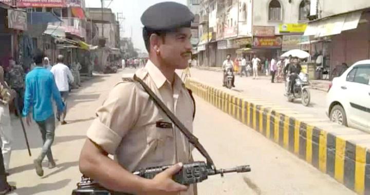भिण्ड में चप्पे चप्पे पर पुलिस बल तैनात, 144 धारा लागू