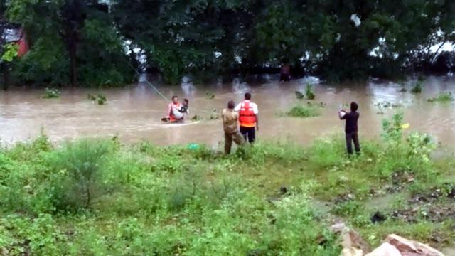 शिवपुरी जिले के कोलारस में भारी बारिश से बिगड़े हालात