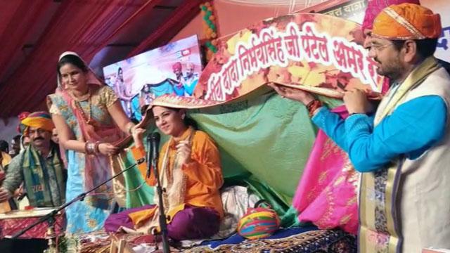 देपालपुर में जया किशेरी जी ने किया कथा वाचन