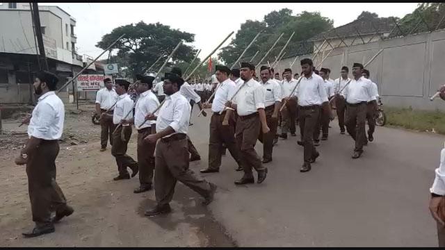 पुणे के लोहेगांव में स्वयं सेवकों ने निकाला पथ संचलन