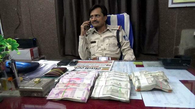 13 लाख से अधिक राशी बरामद, सतना जीआरपी पुलिस की कार्रवाई