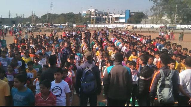 पीथमपुर में 10 किलोमीटर मैराथन आयोजित, रन फाॅर वोट रहा उद्देश्य
