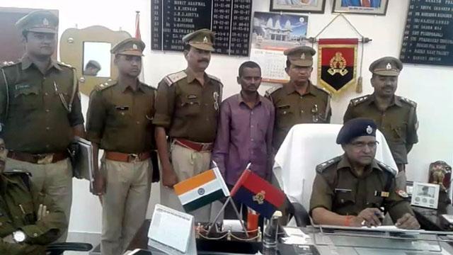 लूट के बाद पुलिस पर फायरिंग करने वालों में से एक गिरफ्तार